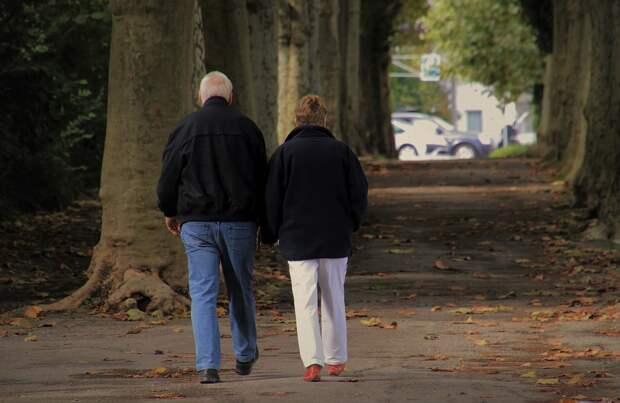 Пенсионерам из Северного помогут освоить лёгкую походку