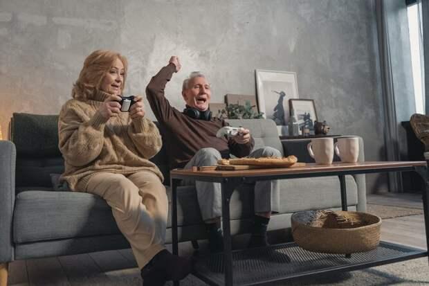 Упадок сил, болезни и деменция: как сделать дом безопасным для пожилого человека