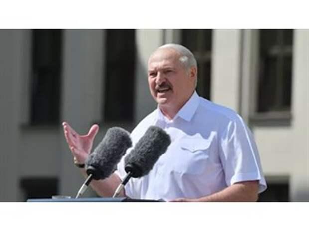 Запад боится дальше угрожать Лукашенко