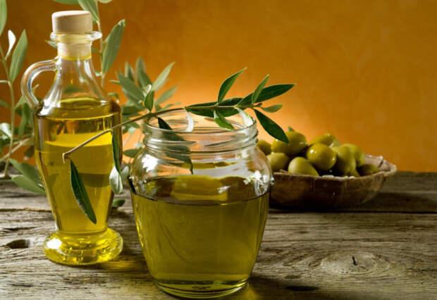 Для жарки рафинированное. Для салатов нерафинированное. \ Фото: zhetysuolive-gaea.kz.