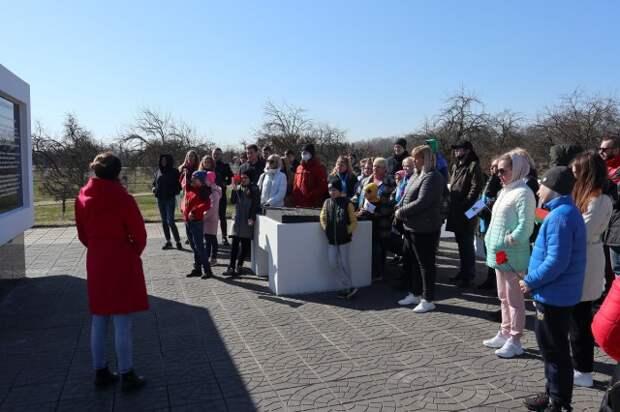 10 апреля бобруйчане посетили с экскурсией Красный берег.