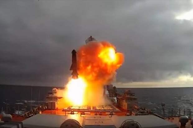 Из крайности в крайность? Есть риск, что «Пётр Великий» не получит новые ракеты