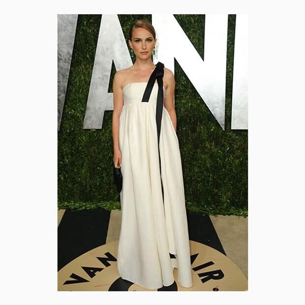 Натали Портман на церемонии «Оскар»-2013