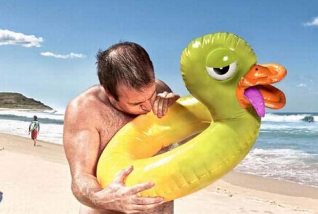 Молдаванин пытался сбежать из Украины на детском надувном бассейне (ФОТО)