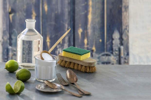 Соль — это палочка-выручалочка против пятен. /Фото: tasteforlife.com