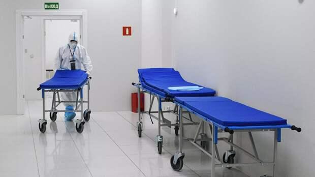 В Петербурге сообщили о планах по обновлению городской больницы №15