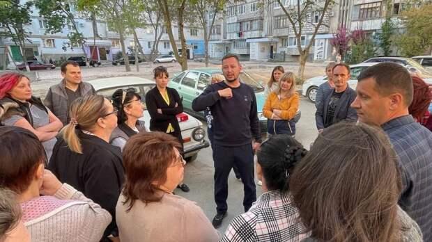 13 мая состоялась встреча с жителями дома по ул.Фрунзе 50 для утверждения окончательного варианта плана благоустройства