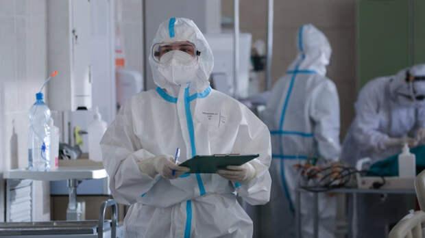 Более девяти тысяч новых случаев заражения COVID-19 зафиксировано в России за сутки