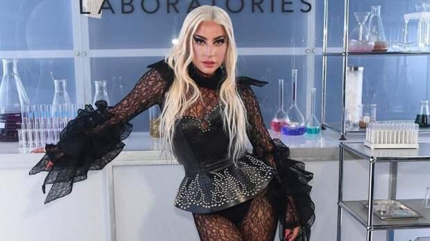 Леди Гага забеременела после изнасилования продюсером в юности