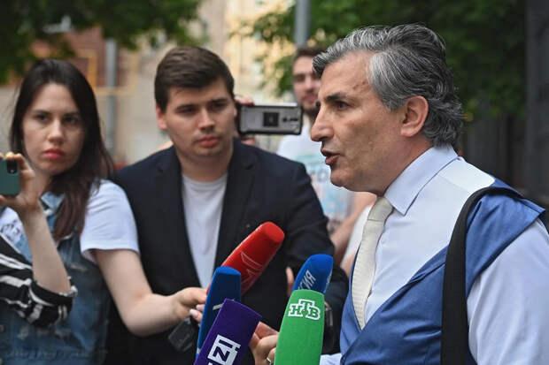Защита Ефремова попросила о приговоре без лишения свободы