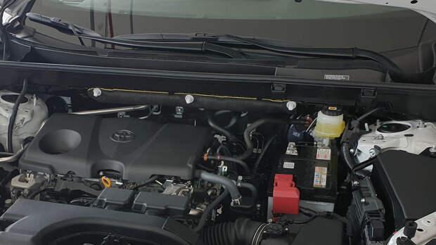 Купил новый Toyota rav4 после Mitsubishi Outlander. Рассказываю, чем Тойота оказалась лучше Мицубиси