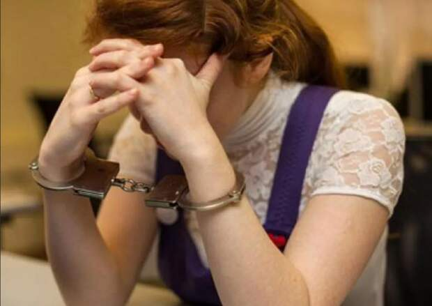 В Саратове 15-летняя девочка убила свою мать