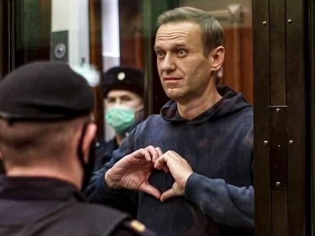 «Для меня это год врачей»: Навальный передал новое сообщение на волю