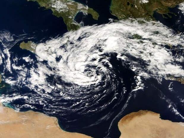 США пустили в ход климатическое оружие, чтобы задержать российский флот?!