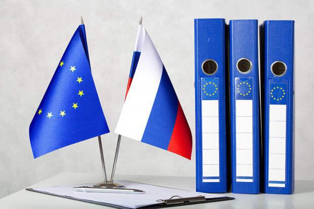ЕС добавил в чёрный список из-за присоединения Крыма восьмерых граждан России