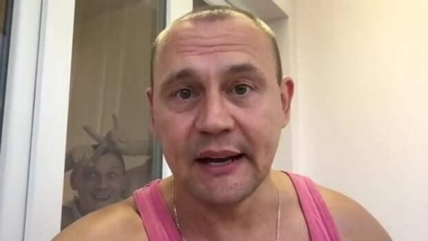 Давняя поклонница Степана Меньщикова готовится родить ему ребенка