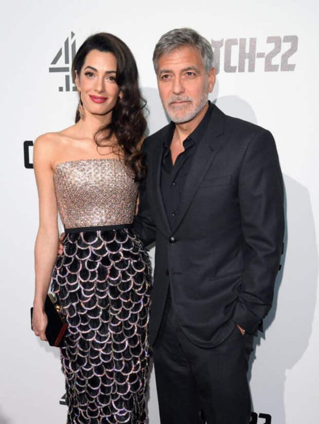 Теперь все понятно! Джордж и Амаль Клуни прокоммент...