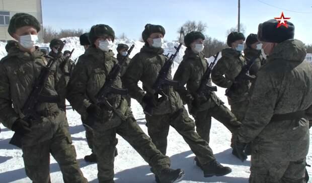 Оренбургские военнослужащие готовятся в Параду Победы