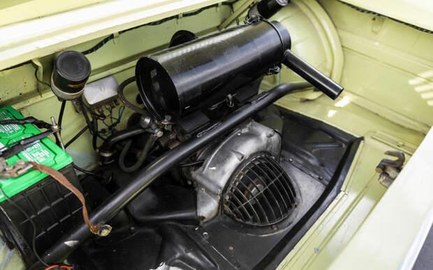 Почему у этого BMW нет решетки радиатора