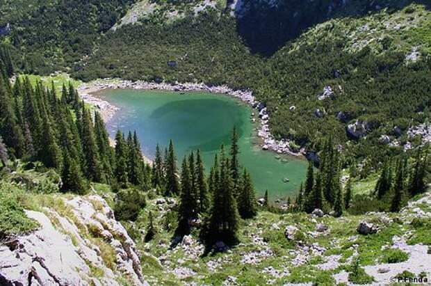 Зимой и летом хороша: Черногория