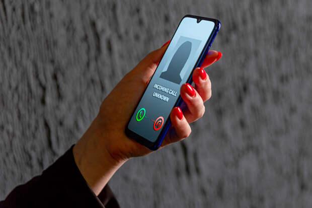 Телефонные мошенники стали чаще представляться сотрудниками МВД