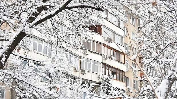 В некоторых районах Кубани вводят режим ЧС из-за снегопада