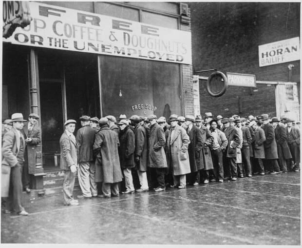 10 безумных блюд времен Великой депрессии, когда из-за нищеты ели все подряд