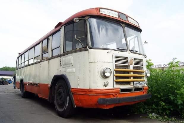 2011 год, Музей Индустриальной Культуры. Здесь ЗИЛ-158 хранится в последние годы ЗИЛ-158В, авто, автобус, зил, лиаз, олдтаймер, реставрация, рето автобус