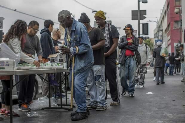 Американской мечты больше не существует. В США наступила махровая нищета. Факты