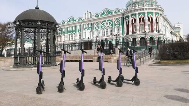 В Петербурге предложили сделать аренду электросамокатов доступной по паспорту