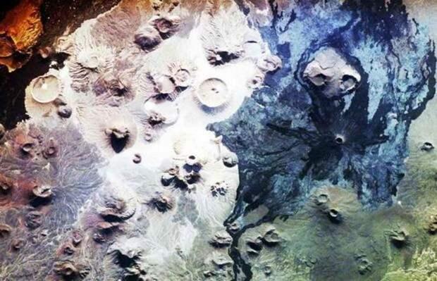 Обнаруженные в Саудовской Аравии загадочные строения названы «вратами ада»