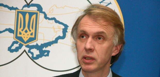 Белоруссия после смены власти якобы станет частью «европейской семьи народов», а Россия – «развалится»....