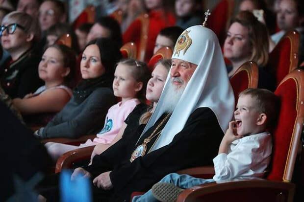Патриарх Кирилл предложил увеличить население России на 13 млн человек