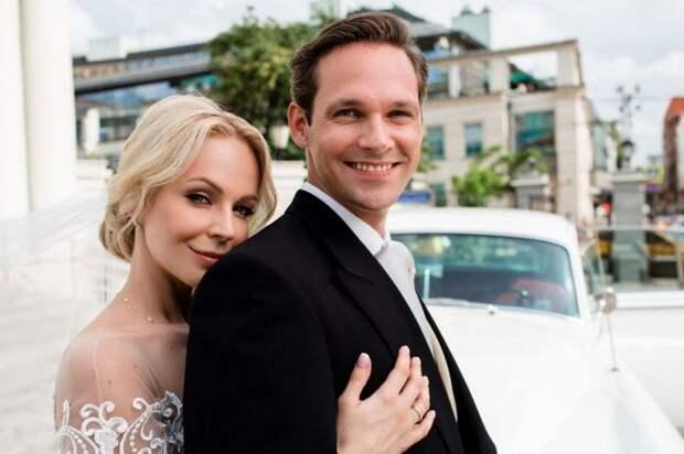 Ирина Медведева с мужем Гийомом