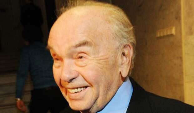 Вдова Шаинского оправдалась за заброшенную могилу композитора