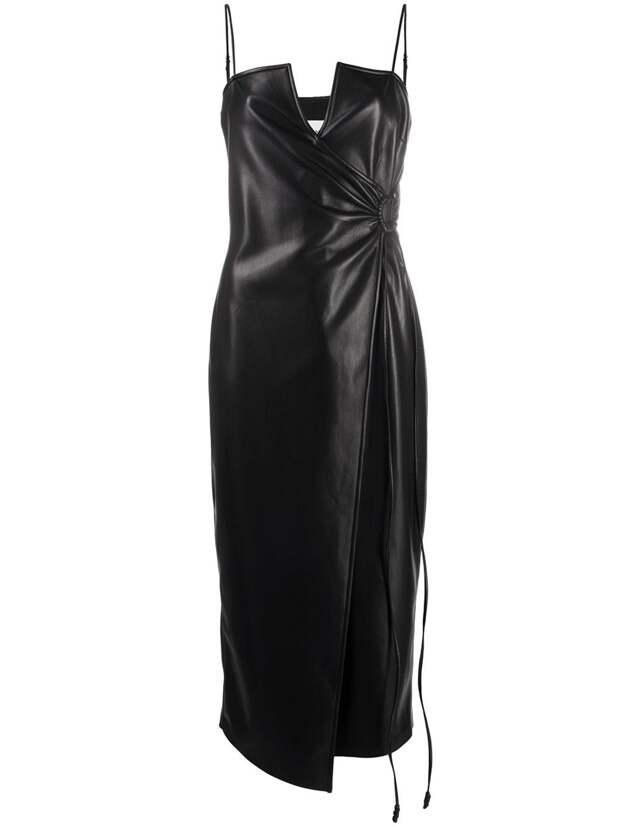 35-летняя Утяшева и другие звезды в маленьких черных платьях