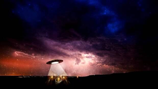 Астрофизик из США заявил, что астероид Оумуамуа может быть связан с НЛО
