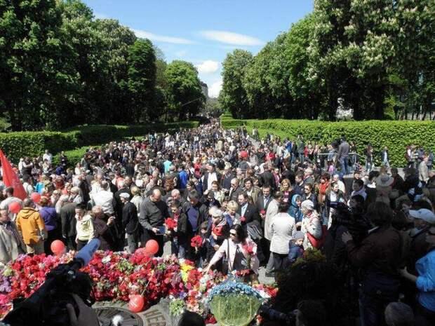 Праздник 9 мая на Украине. А нужен ли он украинцам?