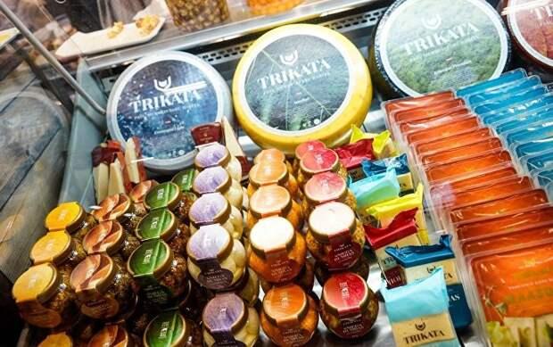 «Ассортимент конфет – это военная тайна?»: странные запреты в Латвии