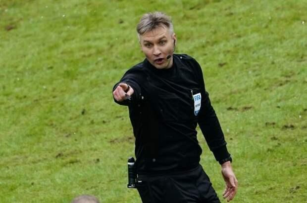 Российского футбольного арбитра Лапочкина дисквалифицировали на 10 лет