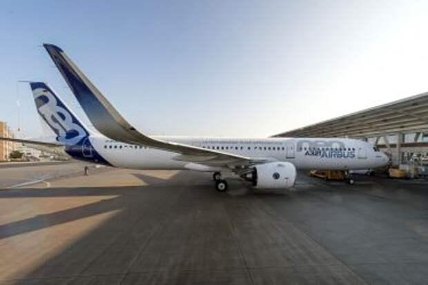 Airbus A321-271N (с двигателями Pratt & Whitney PW1133G) после первого полёта 9 февраля 2016 года в аэропорту Тулуза Бланьяк (TLS)