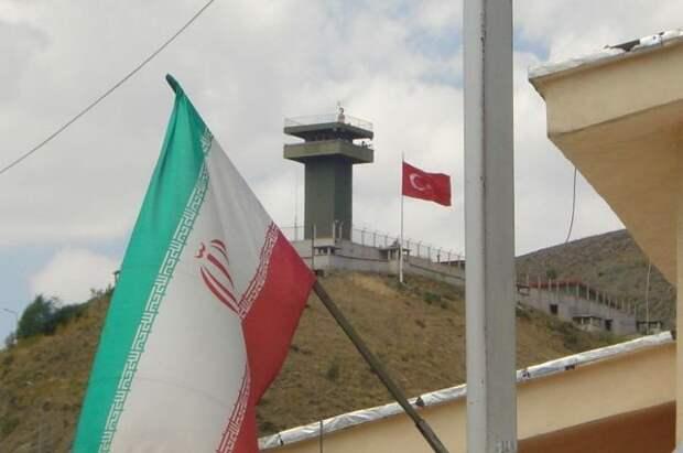 «Евротройка» снова отвергла попытку США вернуть санкции против Ирана