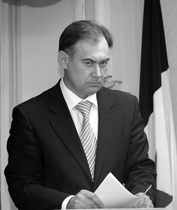 В Можге умер экс-глава администрации города Сергей Лихоманов