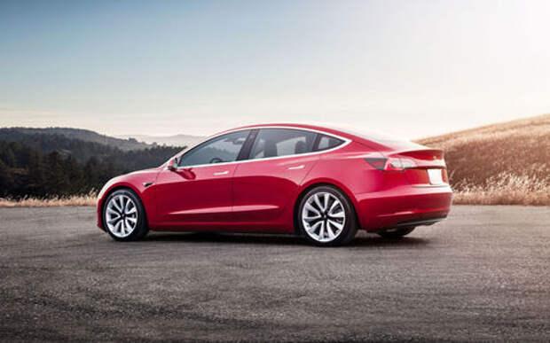 У Tesla Model 3 найден смешной дефект