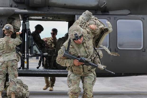 В канун 9 мая у границ России стартовали учения НАТО