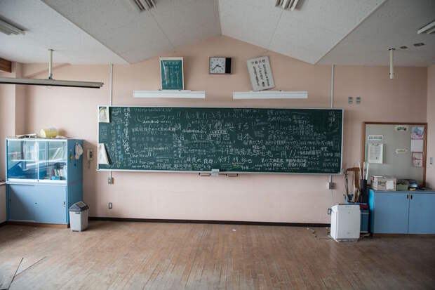 fukushima-japan-nuclear-plant-aftermath7-2
