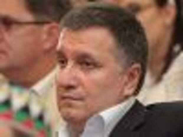 Аваков: из России на Украину проникает военная техника