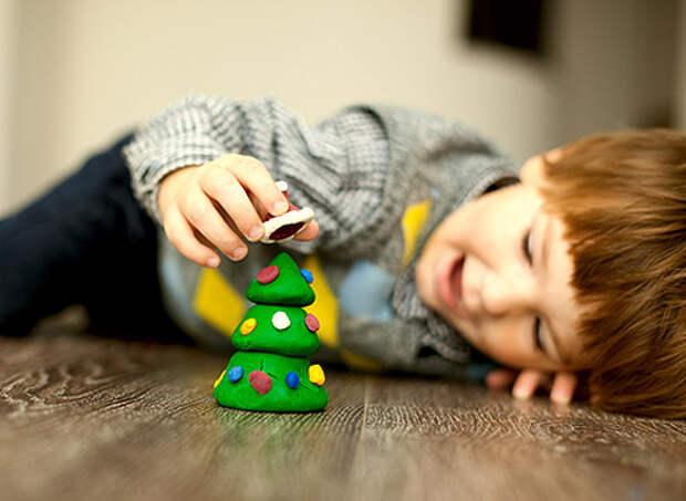 Новый год, игры для детей