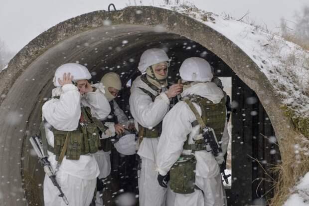 Военные захватили город по смс
