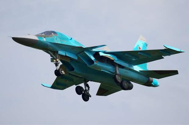 СМИ сообщили о причинах столкновения двух Су-34 в небе над Липецком